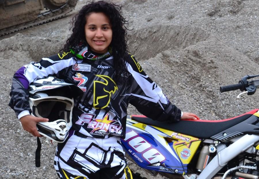 La aragüeña Mariú Lorca se consagró en Guayaquil en el Latino de Motocross Femenino (Foto: Prensa María Eugenia Lorca)